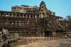 Angkor-Thom-Baphuon-2