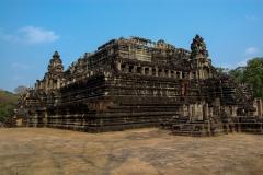 Angkor-Thom-Baphuon-3