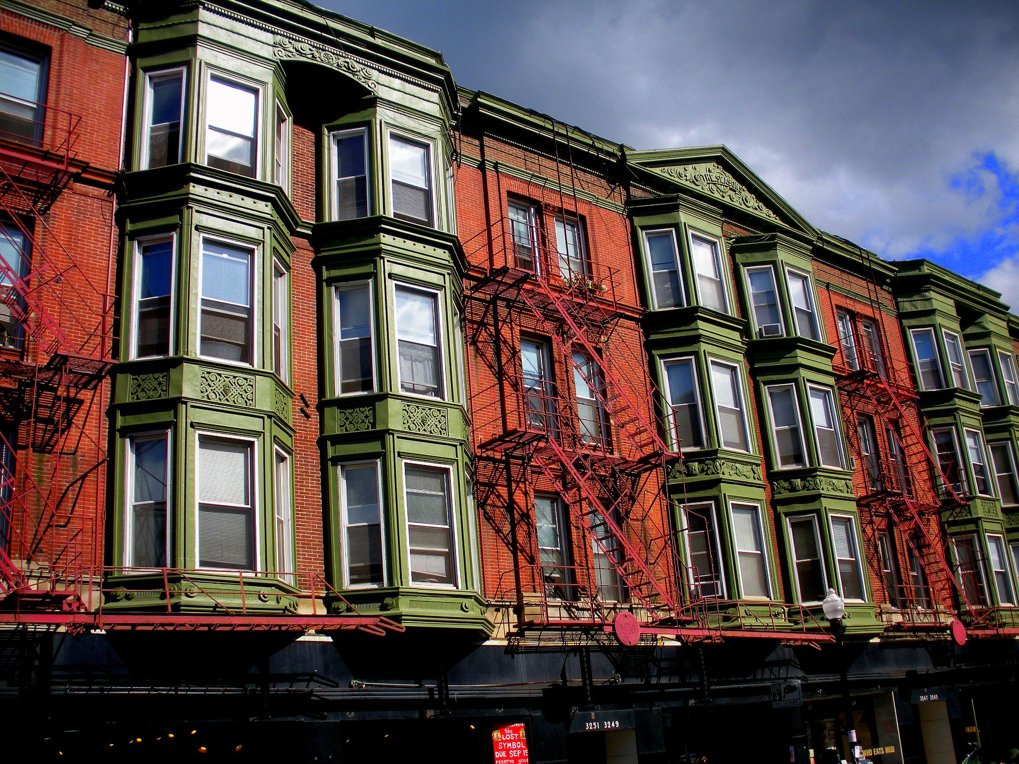 Building-on-Broadway-Belmont-2-1