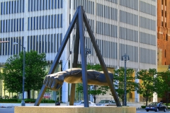 Joe-Louis-Sculpture-1