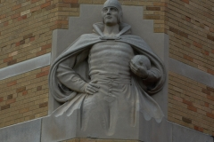 Eastern-Illinois-Gym-Statue