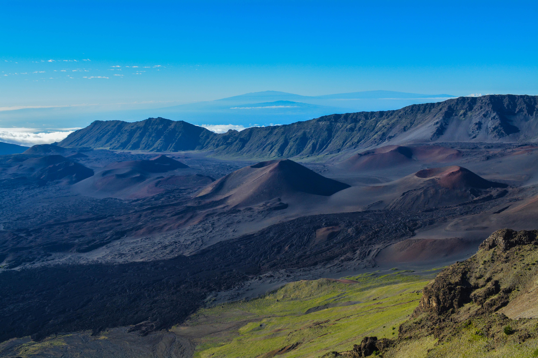 Haleakala-Crater-2