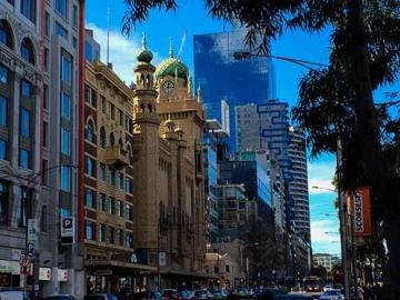 Flinders-Street-Scene