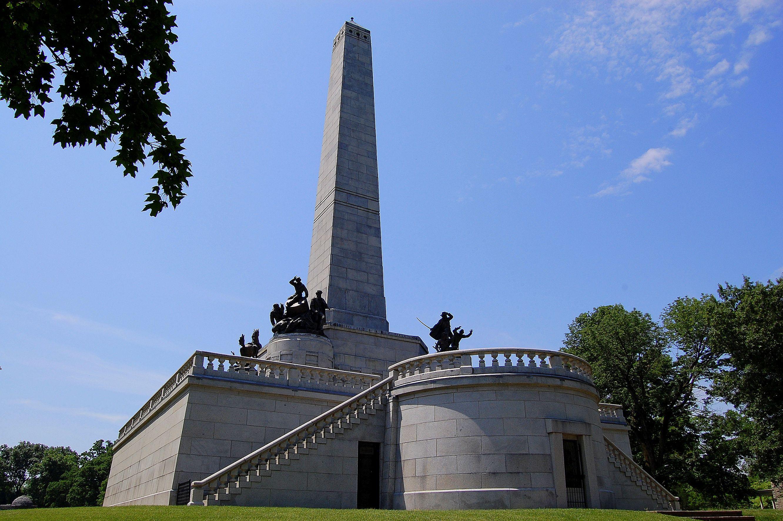 Lincolns-Tomb-5-001