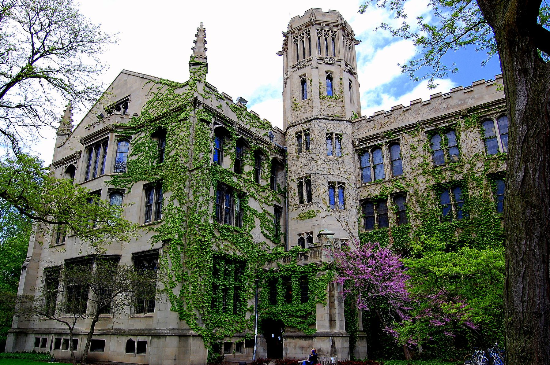University-of-Chicago-19-1