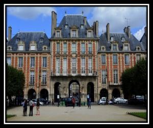 Paris X 81