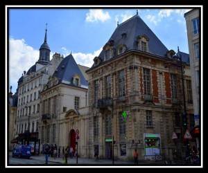 Paris X 82