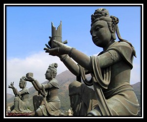 Statues at Tian Tan Buddha